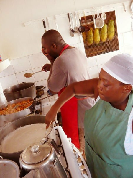 Amy & Phillip, Glover's reef kitchen - Food Gypsy