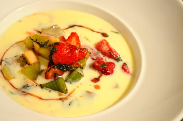 White_Chocolate_Strawberry_Kiwi_Soup