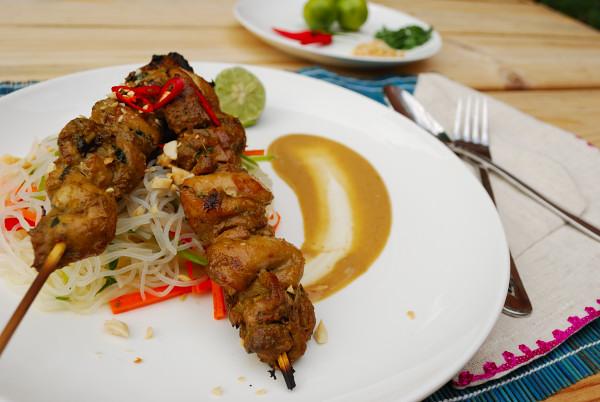Thai_Satay_Salad _with_lime_&_chili