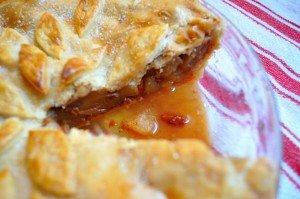 Apple Gogi Berry Pie - Food Gypsy