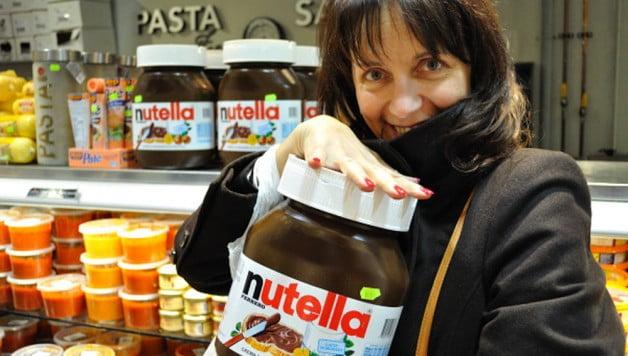 Food Gypsy Editor Astrid Deslandes and Nutella - Food Gypsy