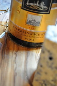 Sparkling Ice Wine & Elizabeth Blue - Food Gypsy