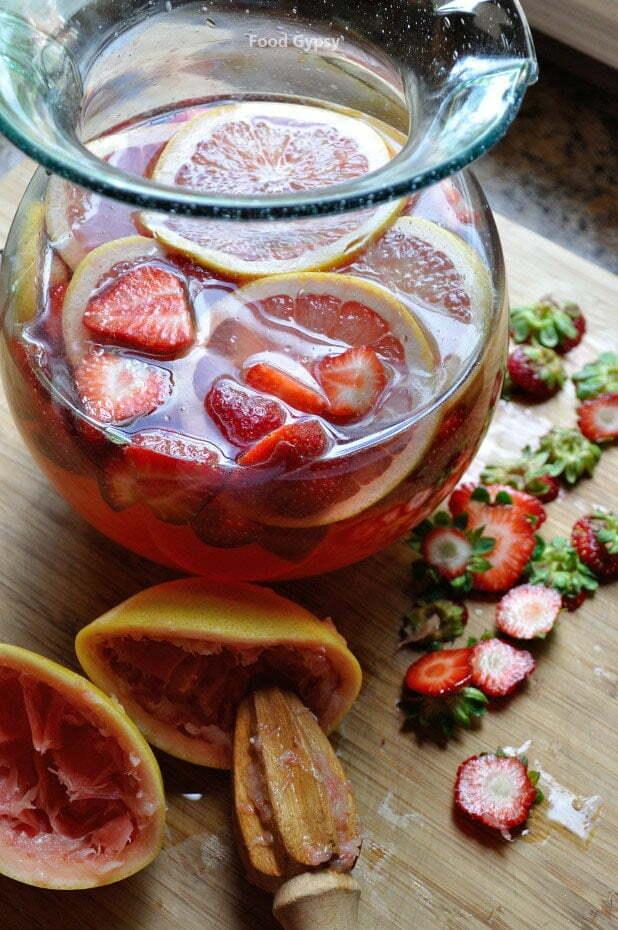 Mixing Rosé Sangria - FG